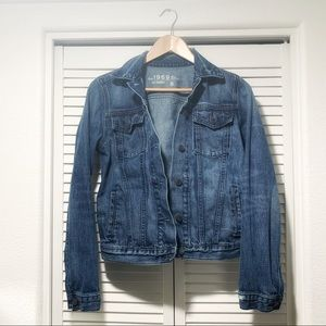 Women's Gap denim jacket with light distressing